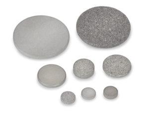 Porous metal discs